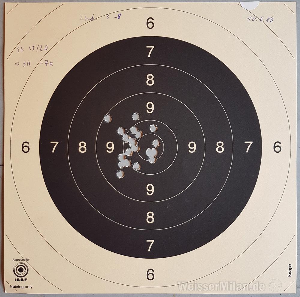 Bei dieser Scheibe wurde die Schießentfernung nicht notiert - für 300 m ist das Ergebnis gut, für 100 m ziemlich schlecht.